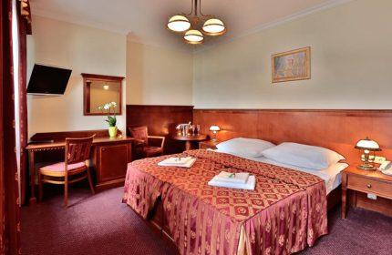 Perfect-Weekend-Getaway-Gay-Hotels-in-Prague-Gayborhood-Vinohrady-Arkada-Hotel-Praha