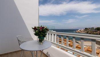 Poseidon-Hotel-Suites-Perfect-Honeymoon-Suite-for-Gay-Honeymooners-in-Mykonos-Town