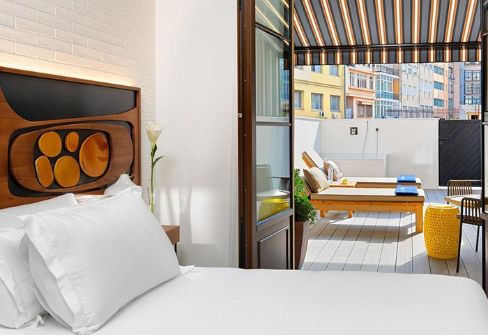 This-Year-Best-Update-Gay-Hotel-Barcelona-with-Balcony-in-Eixample-H10-Metropolitan-Hotel