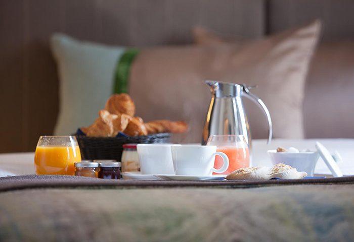 This-Year-Update-Best-Breakfast-Hotel-Paris-in-Gayborhood-Marais-Hotel-de-la-Place-du-Louvre