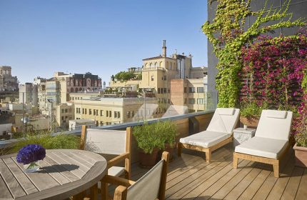 This-Year-Update-Best-Luxury-Gay-Hotel-Ideas-for-Wedding-Anniversary-The Barcelona EDITION