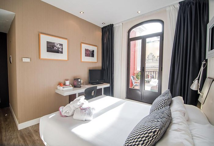 This-Year-Update-Best-Party-Gay-Hotel-Madrid-City-Center-Petit-Palace-Chueca