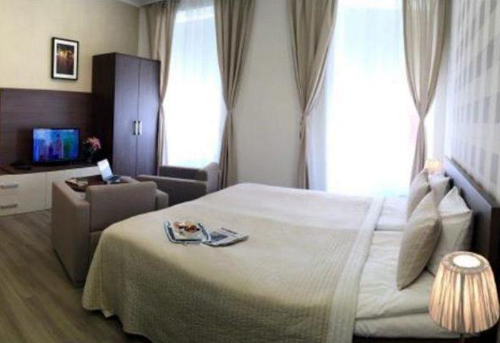 This-Year-Update-Gay-Hotel-Prague-in-Vinohrady-Nightlife-Area-Hotel-Residence-Spalena