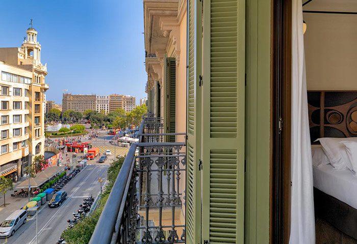 This-Year-Update-Stylish-Design-Gay-Hotel-Barcelona-Near-Gay-Club-and-Gay-Cruise-H10-Metropolitan-Hotel