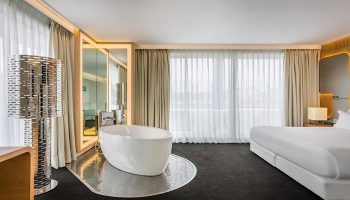 Top-3-Star-Gay-Hotel-Madrid-With-Rooftop-Pool-Room-Mate-Oscar