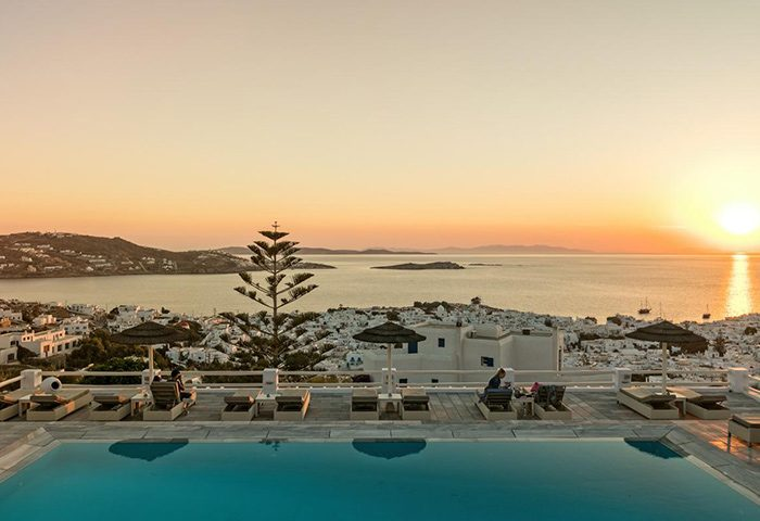 Top-Instagram-Perfect-Gay-Hotel-Mykonos-with-Rooftop-Pool-Hotel-Alkyon